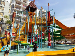 BlogDuraNorell - The Zizis and Me | Water Theme Park Gold Coast Malacca International Resort | http://dnorell.blogspot.my | dura.norell@gmail.com | Kelab Blogger Ben Ashaari KBBA9 | Blogger Malaysia | Parenting Blogger | LifestyleBlogger | PersonalBlogger | FoodBlogger | FoodReview | Travel Blog | Authorized Agent Dexandra Perfume | WAHM | Mompreneur