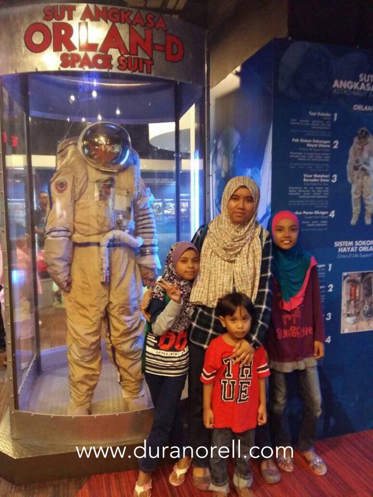 Duranorell.com   Tiket masuk percuma Melawat Planetarium Negara Kuala Lumpur di bulan merdeka
