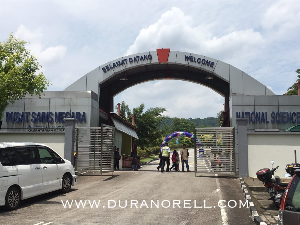Pusat sains negara Mont Kiara Kuala Lumpur memang berbaloi-baloi untuk dilawati