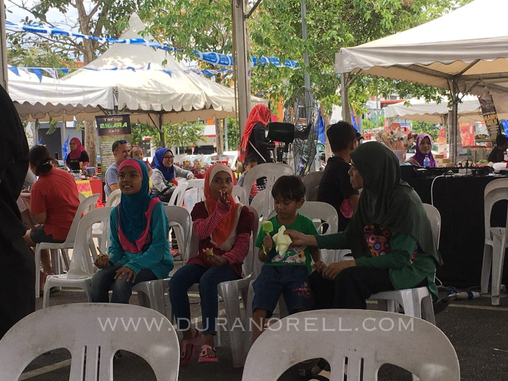 Duranorell.com | Sumbangan Bantuan Ibu Tunggal di Tasik Sri Rampai oleh NGO Negaraku